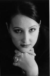 Entrevue avec l'auteure Cycy Anne Foyle (Patricia Duthil) à la radio idFM 98, en France