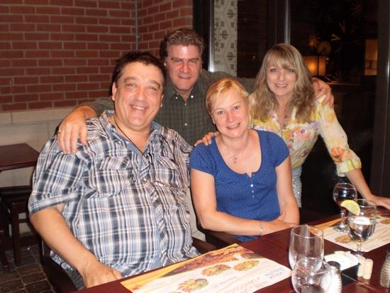 David Vincent et sa conjointe Marie-Anne, Guy Boulianne et Francine Minville