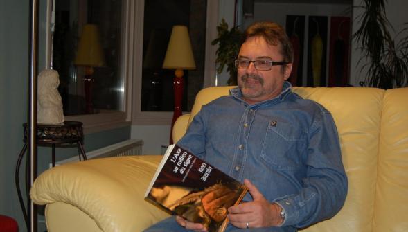 C'est le huitième livre que publie le Wavrinois Jean Broutin, et le troisième depuis qu'il est en retraite.